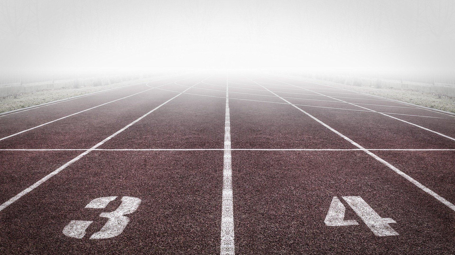 running-track-1201014_1920