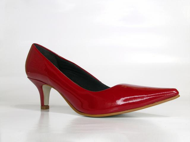 Shoe suspension or expulsion